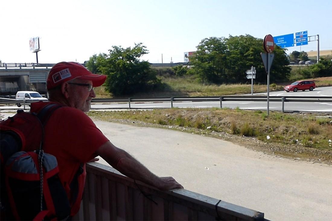 caminar-amb-el-pare-vic-barcelona-jordi-i-teo-lafon-40