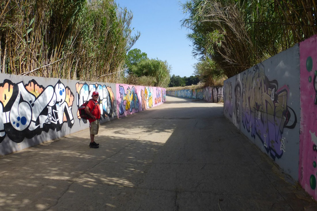 caminar-amb-el-pare-vic-barcelona-jordi-i-teo-lafon-41
