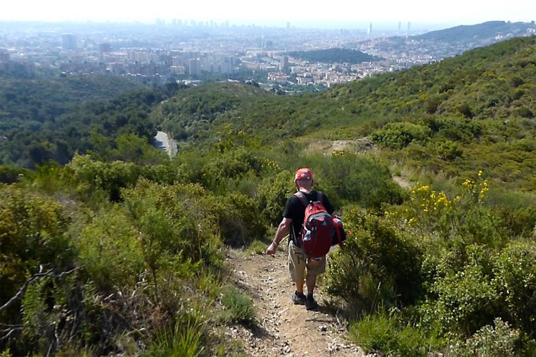 caminar-amb-el-pare-vic-barcelona-jordi-i-teo-lafon-52