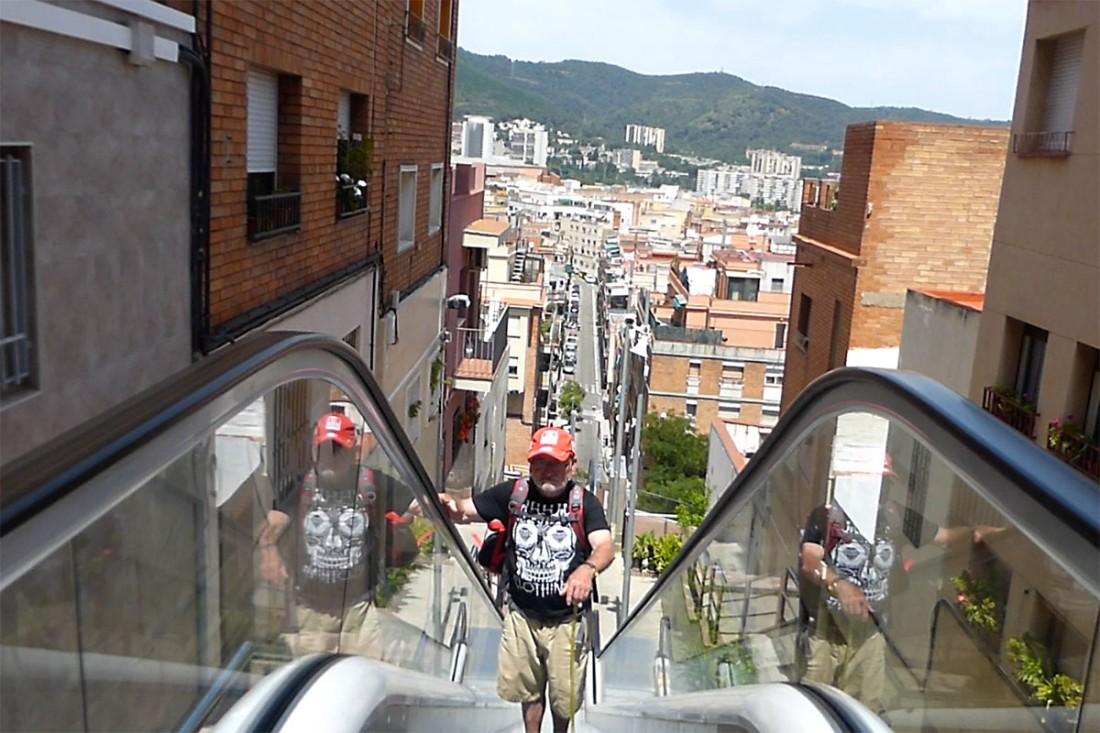 caminar-amb-el-pare-vic-barcelona-jordi-i-teo-lafon-54