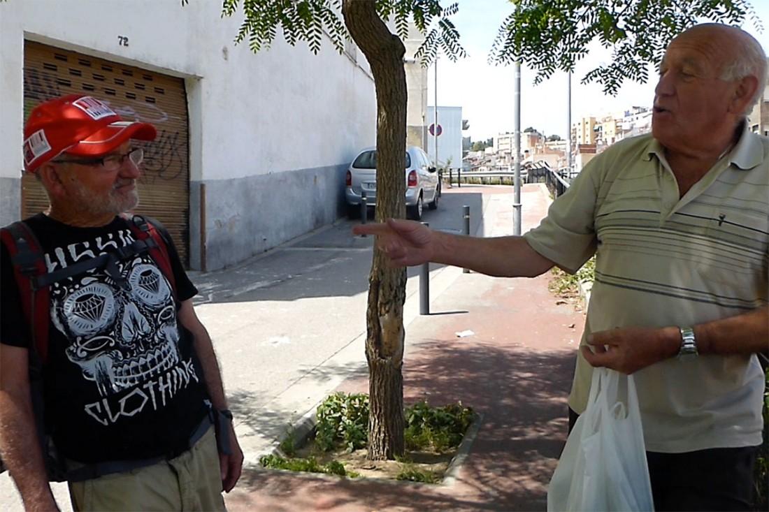caminar-amb-el-pare-vic-barcelona-jordi-i-teo-lafon-55
